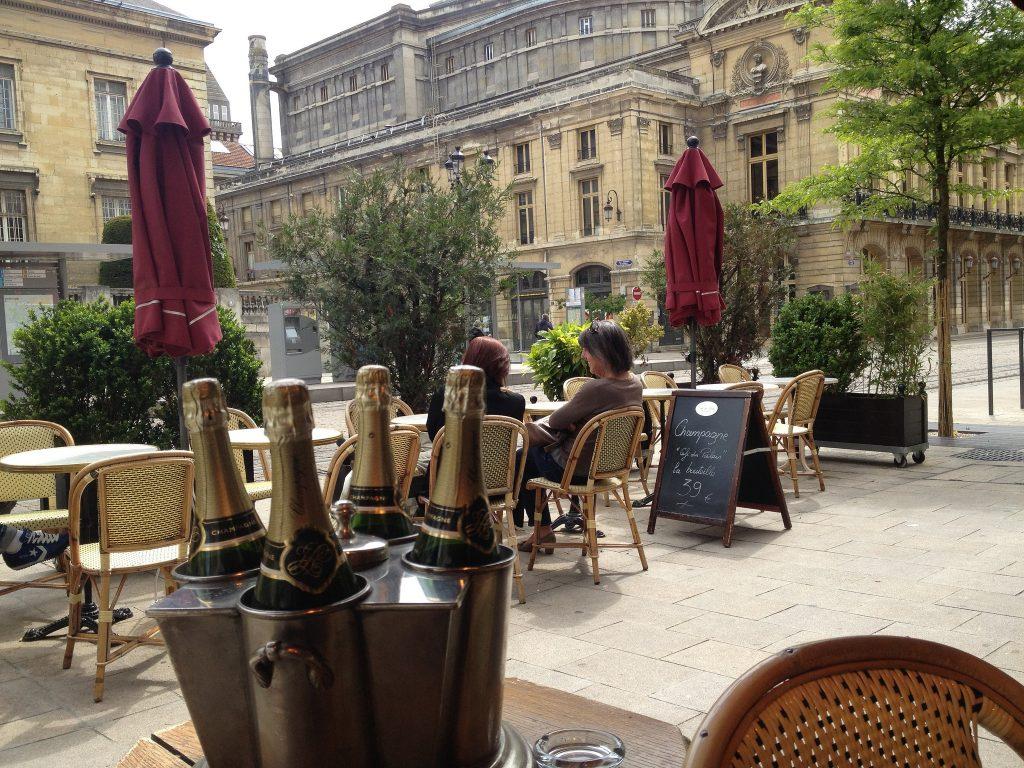Bar le café du Palais situé à Reims