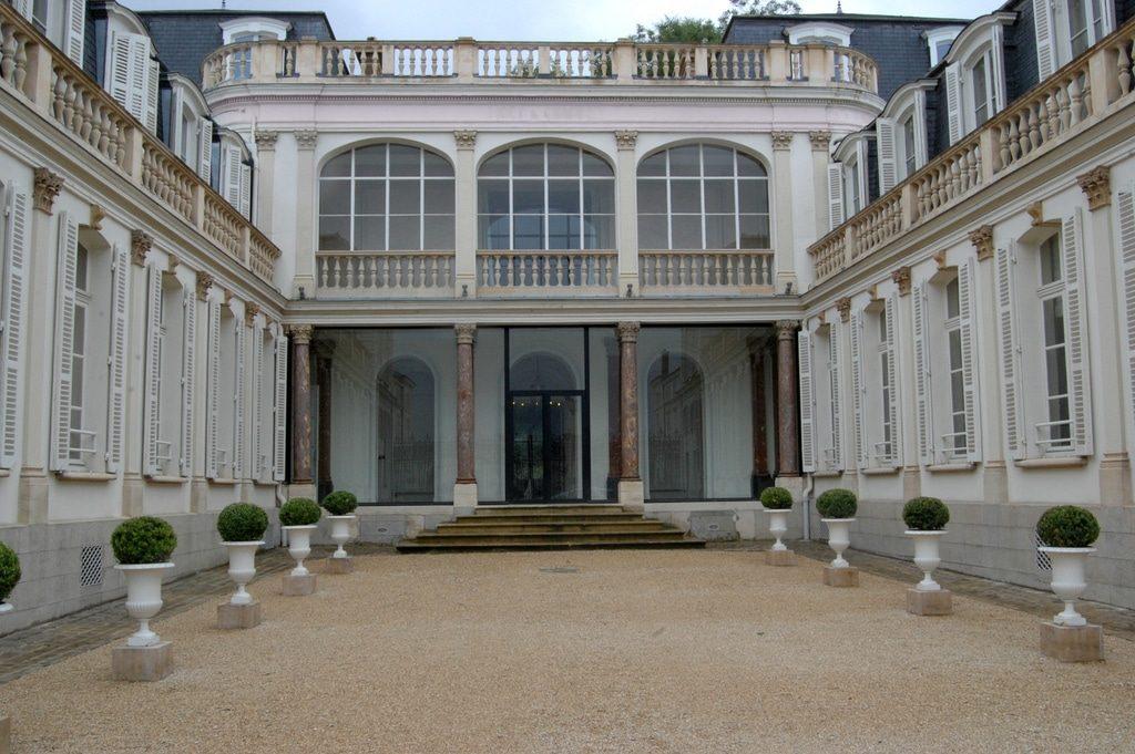 L'avenue de Champagne à Epenay