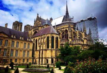 L'histoire tragique et triomphante de la cathédrale de Reims en France 12