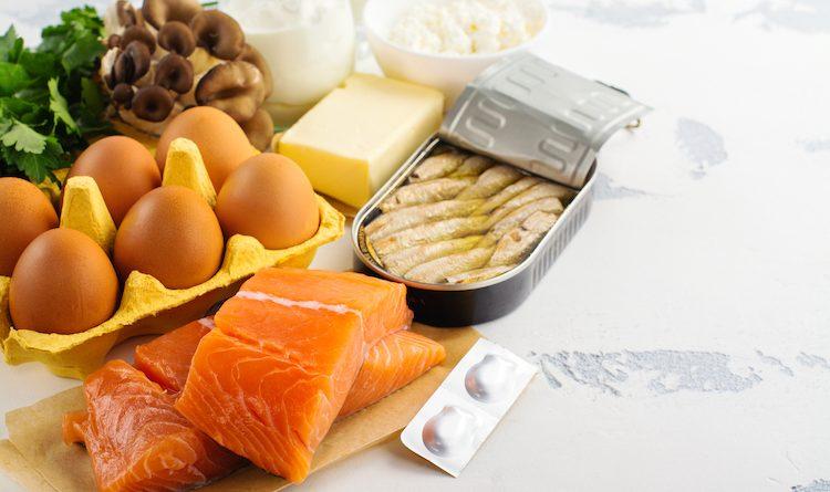 La vitamine D présente naturellement dans le poisson et les oeufs