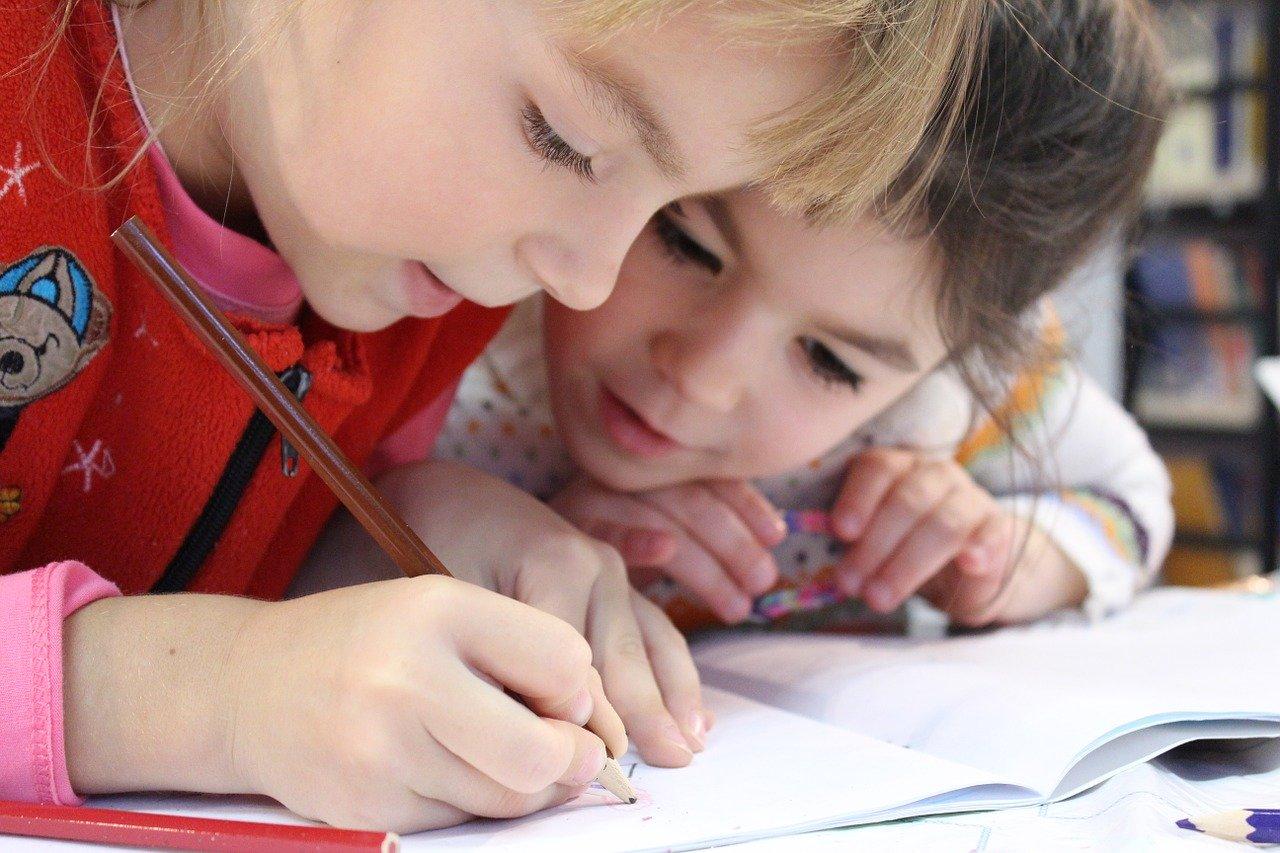 Comment apprendre à dessiner à son enfant? 1