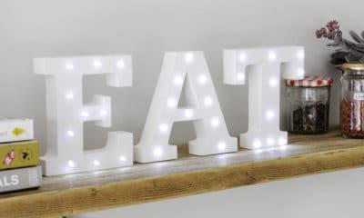 Comment décorer votre maison avec des lettres lumineuses ? 58