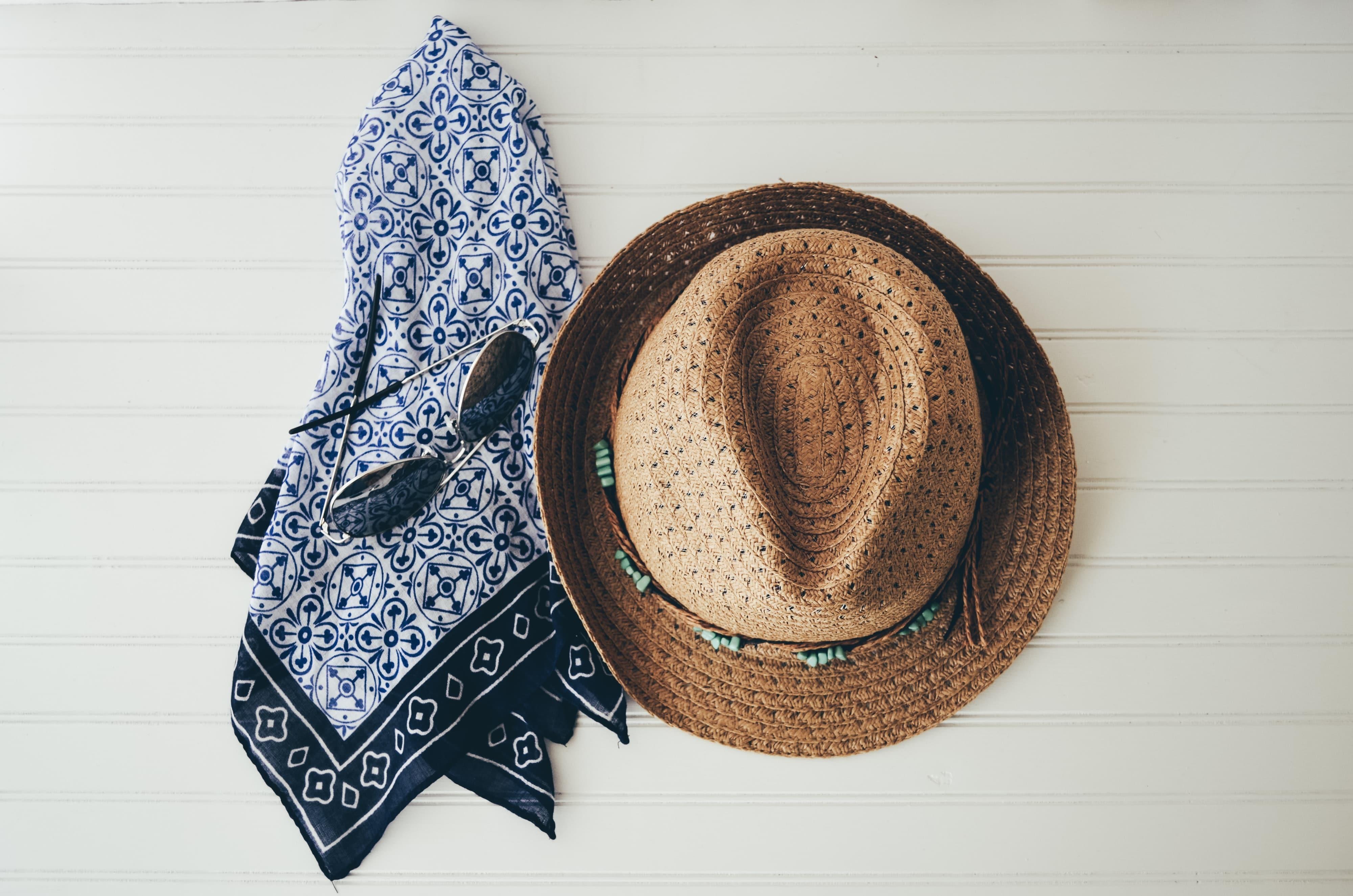 Comment remodeler un chapeau de paille? 1