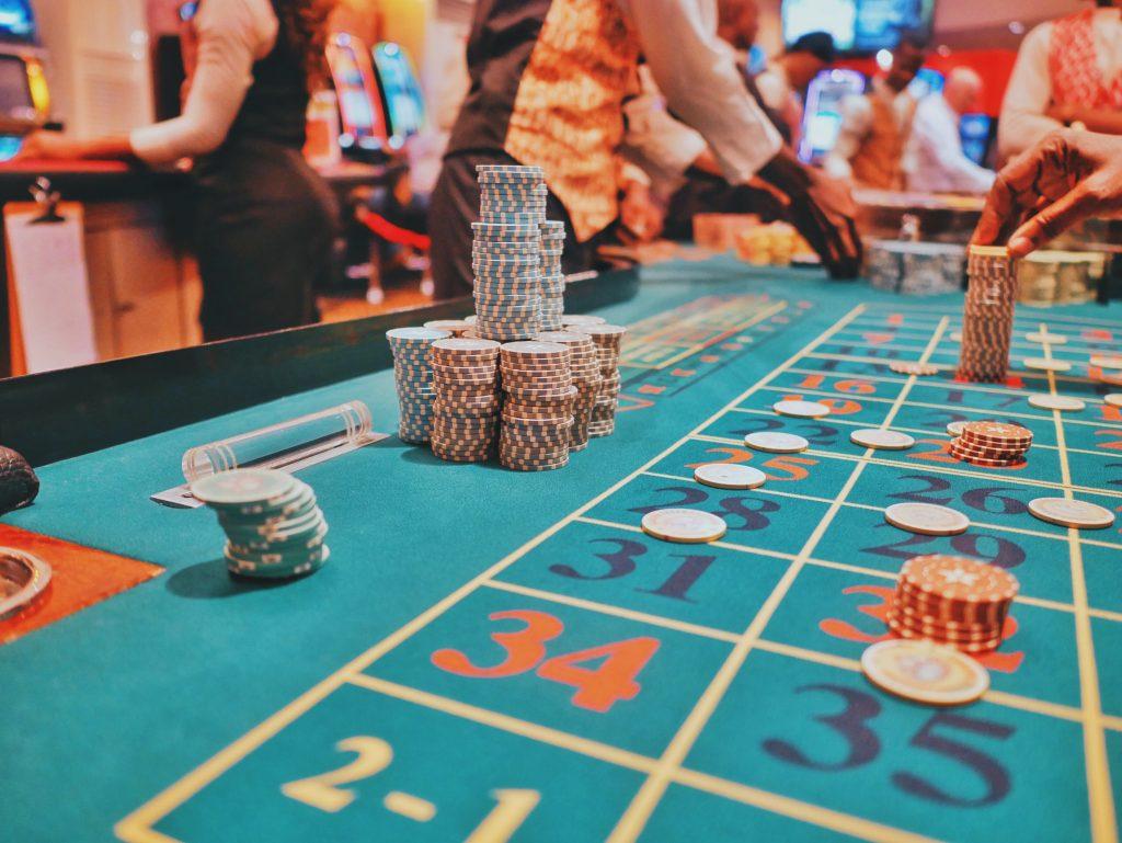 Comment jouer aux casinos en ligne après leur fermeture face au COVID 4